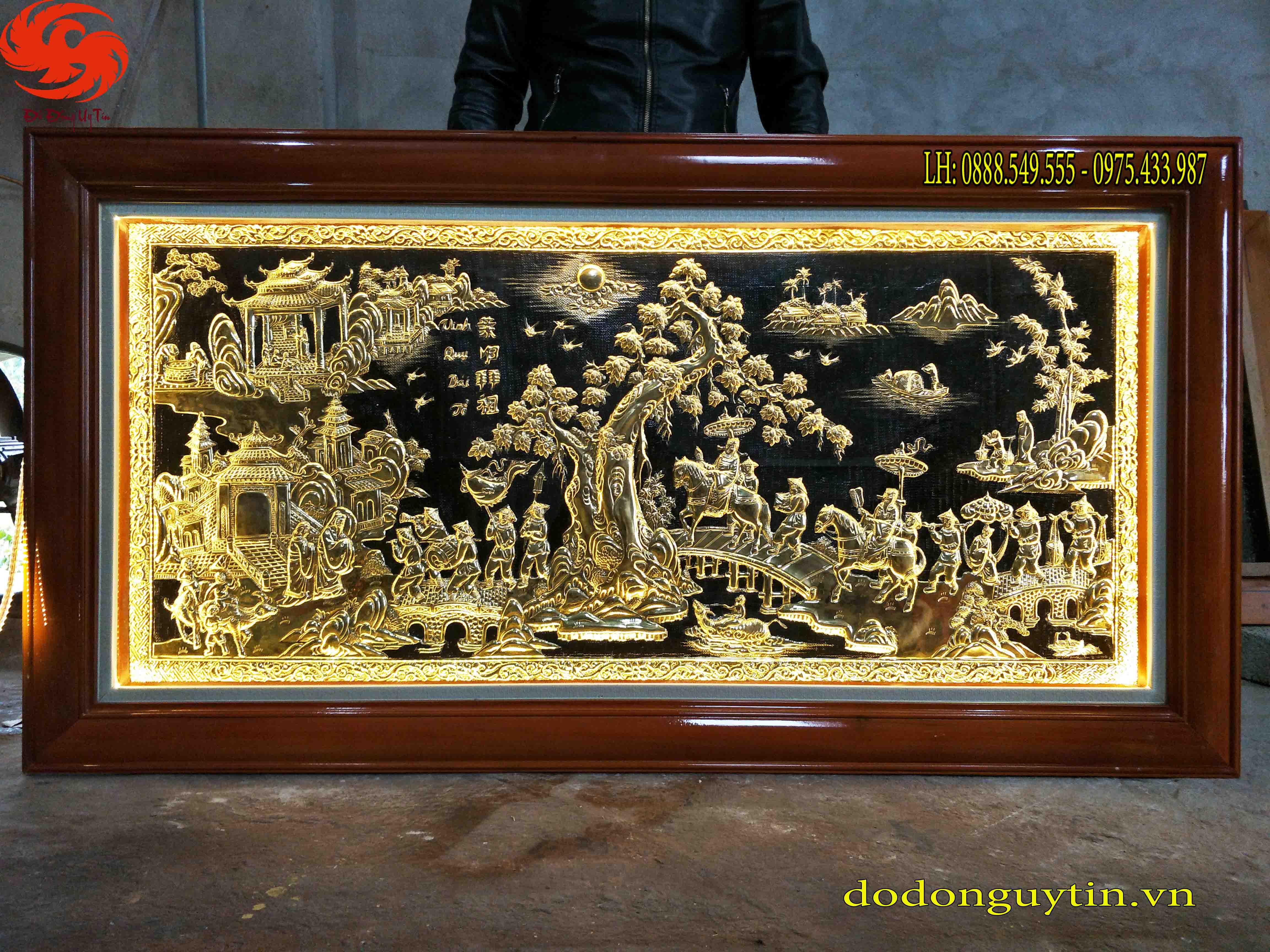 Tranh đồng vàng Vinh quy bái tổ đẹp, tinh xảo 1m27 x 2m37