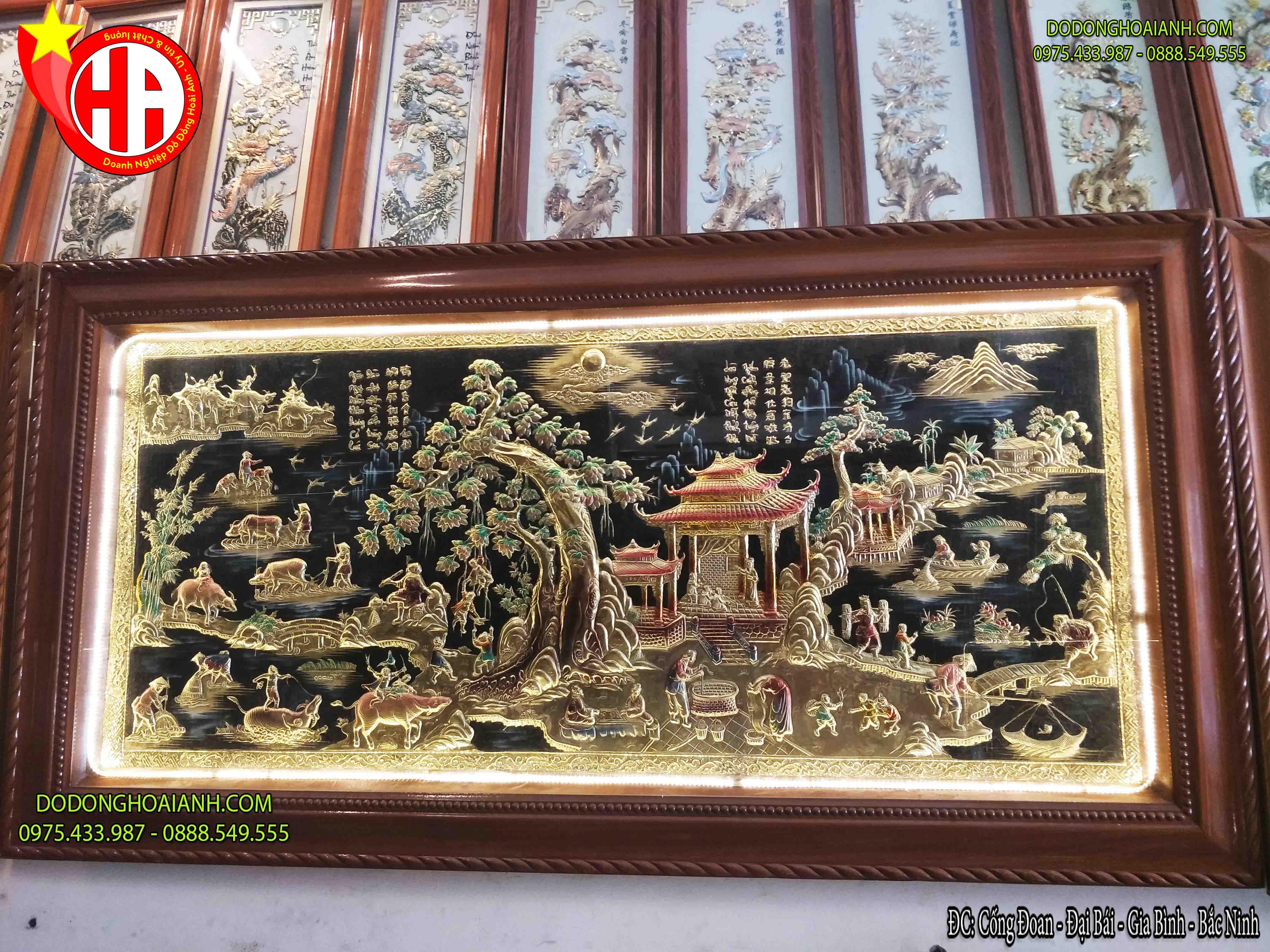 Tranh đồng đồng làng quê Việt Nam nền đen khung xoắn 1m27 x 2m37
