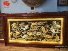 Bức tranh đồng cá chép hóa rồng. Đồ đồng Hoài ánh